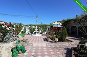 Двор - гостевой дом Аквамарин в Коктебеле - Феодосия