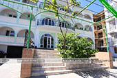 При входе - Гостевой дом Гайбуло в Коктебеле - Феодосия