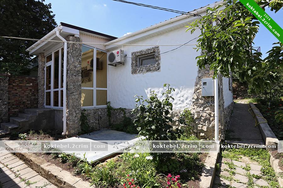 Главное фото - Частный дом на Калинина 28 в Коктебеле