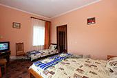 Трехместный номер - Гостевой дом Македония в Коктебеле, Крым