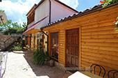 Средний двор - Вилла Тамара в Коктебеле, Феодосия
